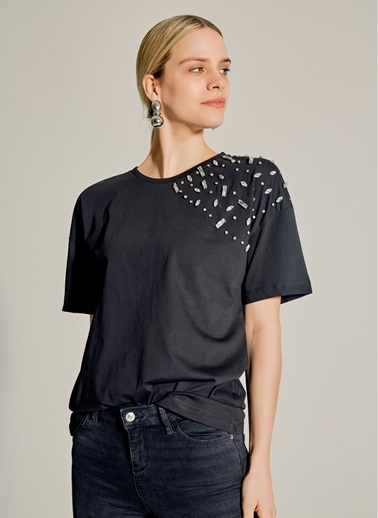NGSTYLE Omuzu Taş İşlemeli Tshirt Siyah
